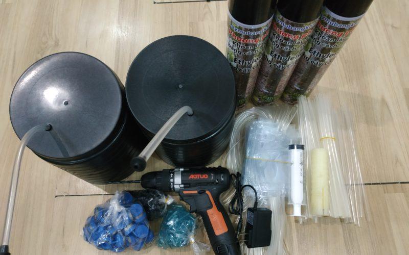 Đơn hàng 50 bộ nắp mỏng, ống Thái cho phương pháp khoan lấy mủ cao su